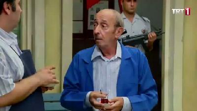 Seksenler (80'ler) 4. Sezon 124. Bölüm 3. Parça