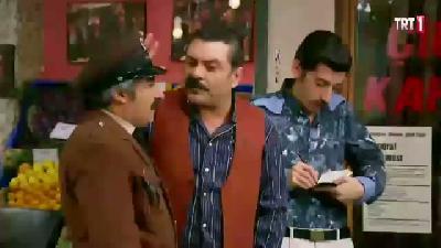 Seksenler (80'ler) 4. Sezon 129. Bölüm 6. Parça