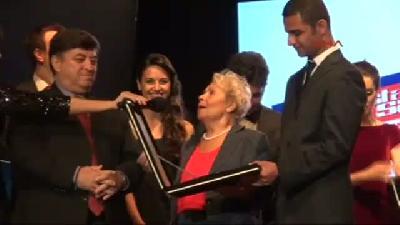 2- Ustalara Saygı Ses Yarışması'nın Birincisi Berna Özçeltik Oldu