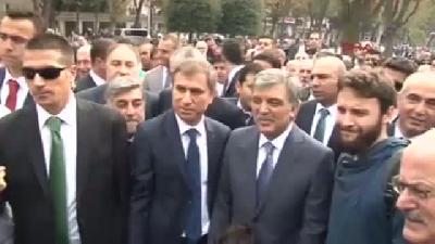 Abdullah Gül Cuma Namazını Sultan Ahmet Camii'nde Kıldı
