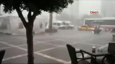 Adana'da Fırtına Yıkıp Geçti (4)