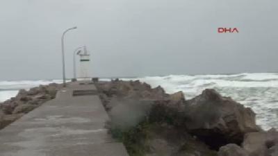 Şile'de Fırtına Etkili Oldu