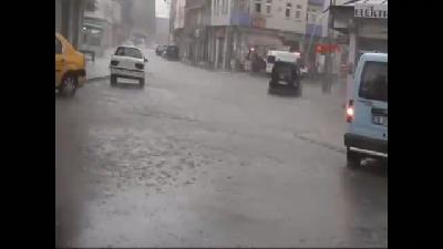 Kars'ı Yağmur, Dolu Ve Fırtına Vurdu