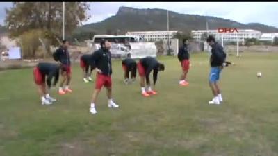Profesyonel Liglerde En Genç Yaşta Gol Atan Futbolcu Oldu