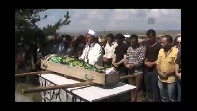 Bıçaklı saldırıda hayatını kaybeden Yurtlu'nun cenaze töreni - ARDAHAN