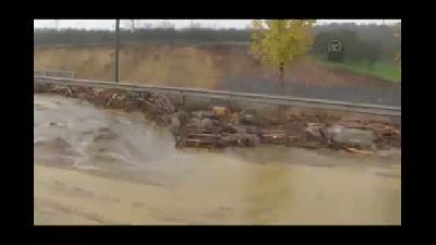 D-100 karayolunun Sakarya-Kocaeli arasındaki bölüm ulaşıma kapandı (2) - KOCAELİ