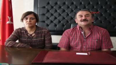 Şemdinli Belediye Başkanını Makam Odasının Önüne Başı Kesik Kedi Bırakıldı