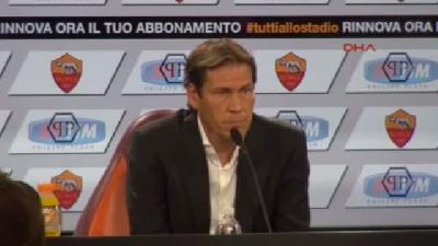 Roma Teknik Direktörü Garcıa'dan Salih Uçan Yorumu Çok Yetenekli Bir Futbolcu