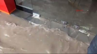 Niğde'de Yağmur Sele Neden Oldu, 1 Çocuk Boğulma Tehlikesi Atlattı
