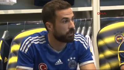 Dırk Kuyt Ve Serdar Kesimal Yeni Sezon Formalarını İmzaladı