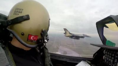 'solotürk' Edirne'de Nefes Kesti