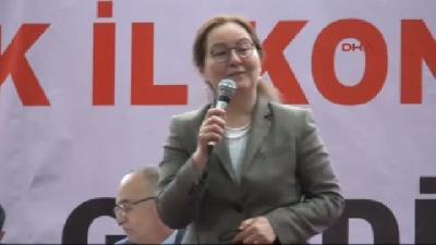 (görüntülü Haber) Mhp'li Demirel: Türk Kadını Asla Tavuk Olmaz