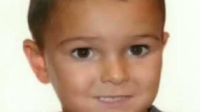 İngiltere, Annesi Ve Babası Tarafından Hastaneden 'kaçırılan' Bu Çocuğu Arıyor