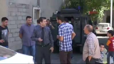 Ak Parti İlçe Başkanının Akrabasına Silahlı Saldırı