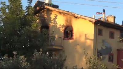 2- Karaman'da Facia: Anne Yanarak, 3 Çocuğu Dumandan Boğularak Öldü