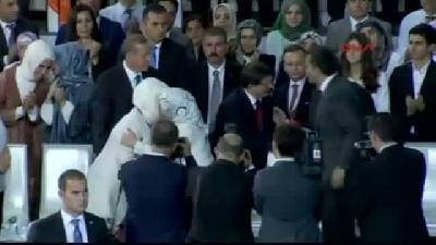 1// Davutoğlu, 1382 Delegenin Oyuyla Ak Parti Genel Başkanı