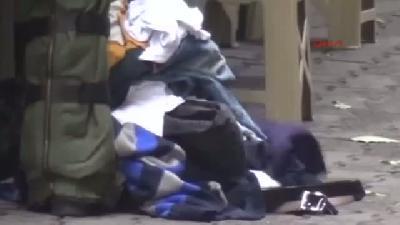 Bomba Paniğine Neden Olan Bavuldan Giysi Çıktı