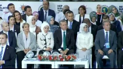 2// Davutoğlu, 1382 Delegenin Oyuyla Ak Parti Genel Başkanı