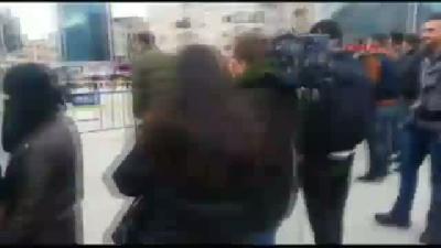 (görüntülü Haber) Taksim'de Polis Noktasına Ateş Açıldı (1)