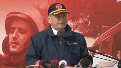 İstanbul İtfaiyesi 3(fotoğraflı)(fotoğraflı). Yaşını Tatbikatla Kutladı