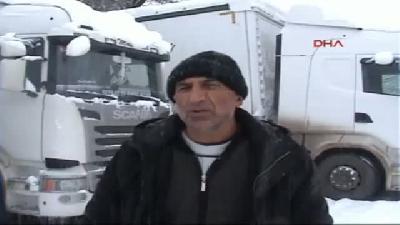 Posof'ta Kar Yaşamı Durdurdu