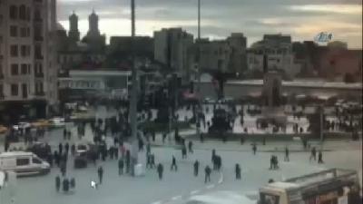 Taksim'de Polis Noktasına Uzun Namlulu Silahla Ateş Açıldı. Olayda Yaralanan Olmazken, Saldırganın K
