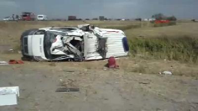 Bulanık'ta Ambulans Takla Attı: 2 Hemşire Ve Sürücü Yaralandı