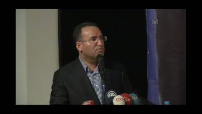 """Bozdağ: """"MHP, CHP acaba iktidarda olsaydı bu yangınlar Türkiye'yi nasıl etkilerdi, sizin v"""