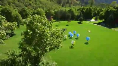 Şişme Balonlarla Dünyanın En İlginç Futbol Maçı