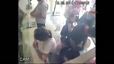 Kalp Hastası Çocuğun Tedavi Parasını Çalan Kadın Hırsız Yakalandı (hırsızlık Anı Güvenlik Kamerasınd