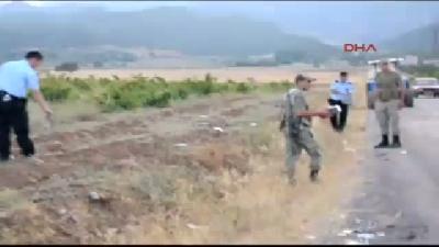 Takla Atan Otomobilden Kaçak Sigara Çıktı