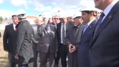 Bakan Çağatay Kılıç, Eskişehir Stadyum İnşaatında İncelemelerde Bulundu