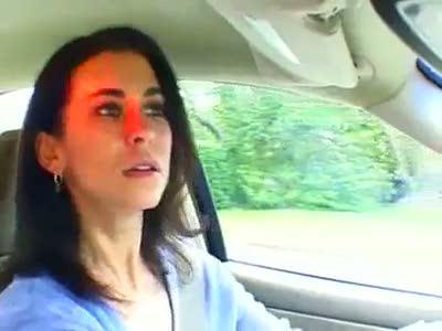 Kadın sürücüden büyük hata