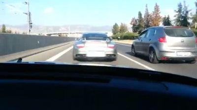 Porsche 911 ile Kapışan Lada